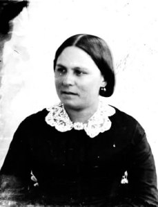 Cecilia Helmckan, the daughter of Governor James Douglas; image from  www.royalbcmuseum.bc.ca